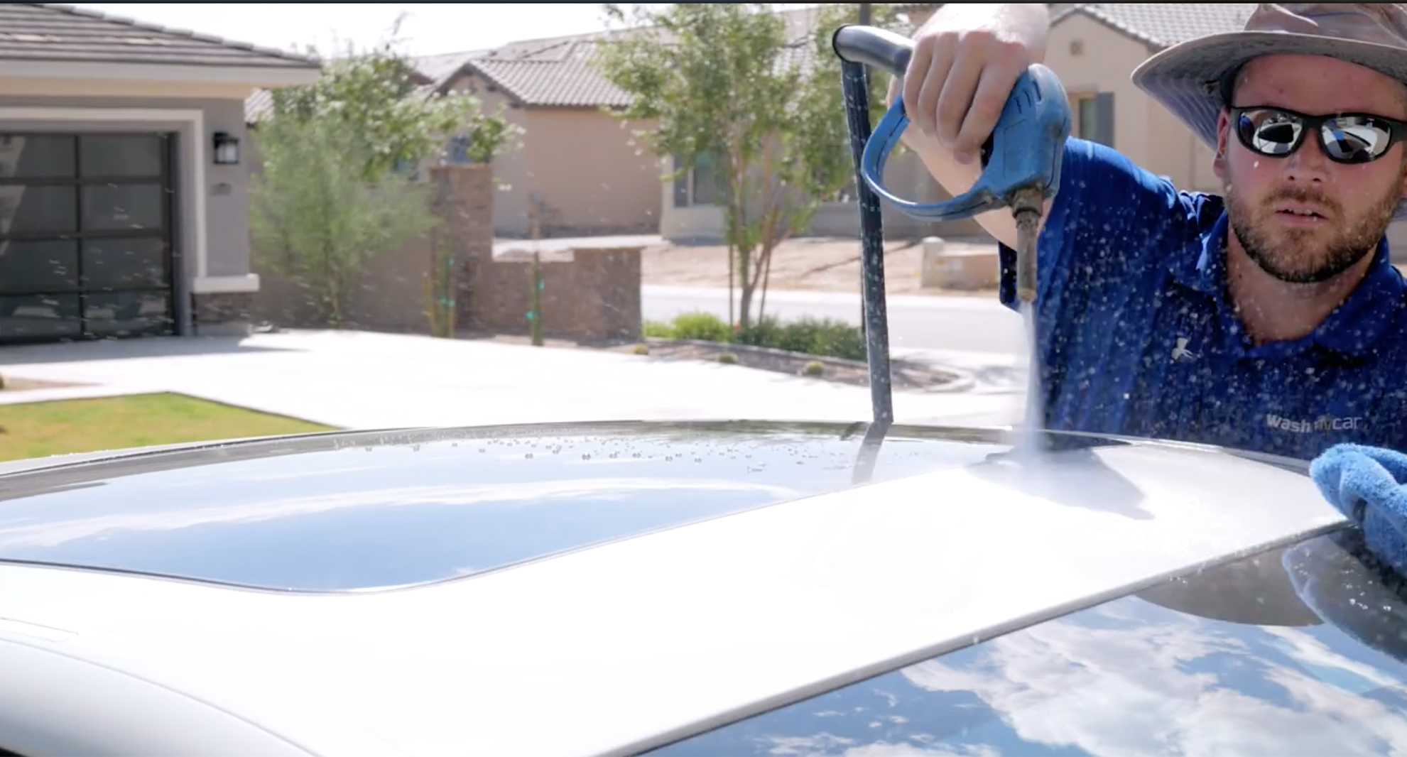 Mobile detailing service in arizona az servicing chandler our mobile auto detail is much better than a traditional car wash we come to your home or work in our own self contained vans we bring our own power solutioingenieria Images